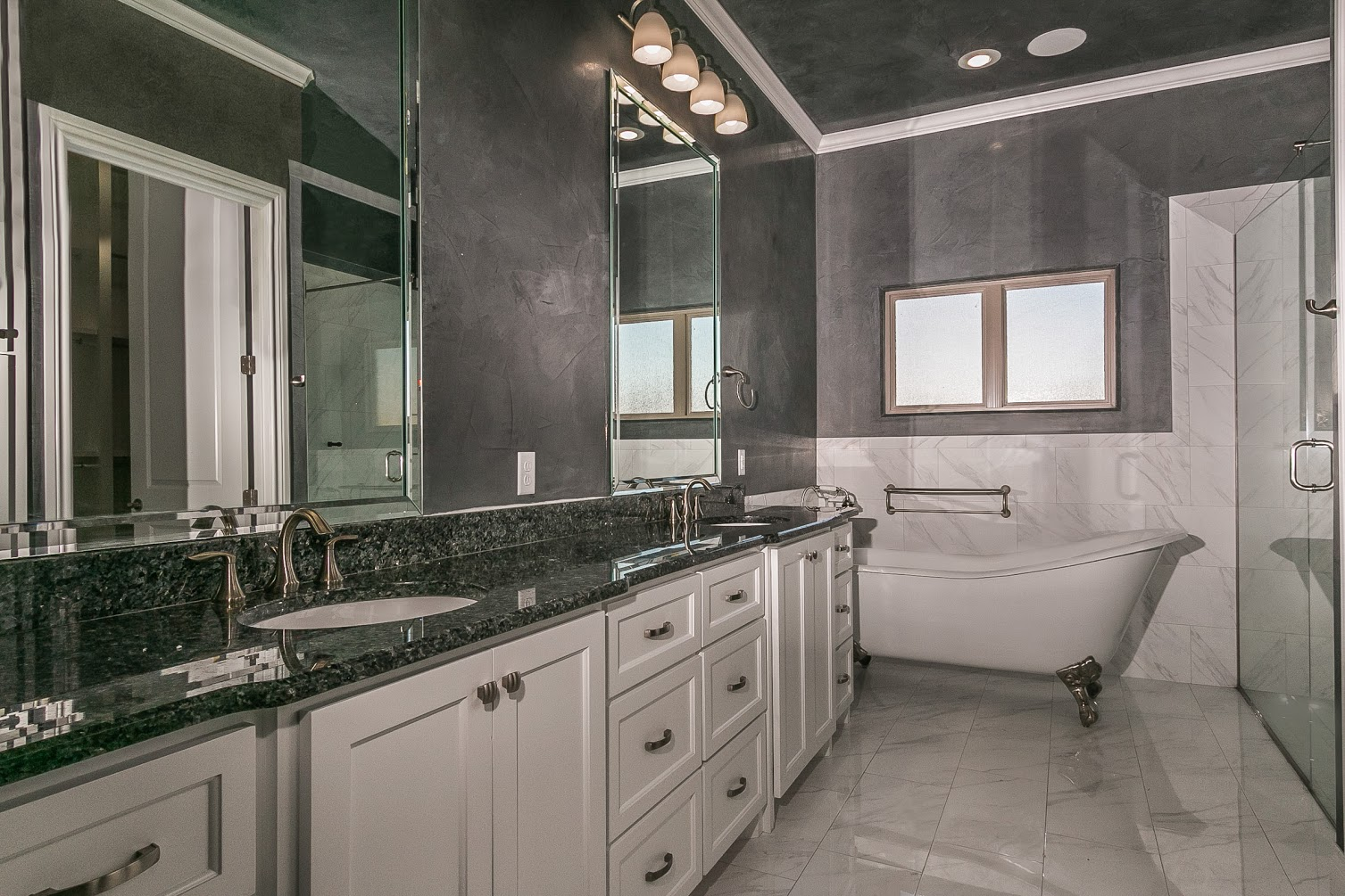 Culp Builders new home baths photo gallery